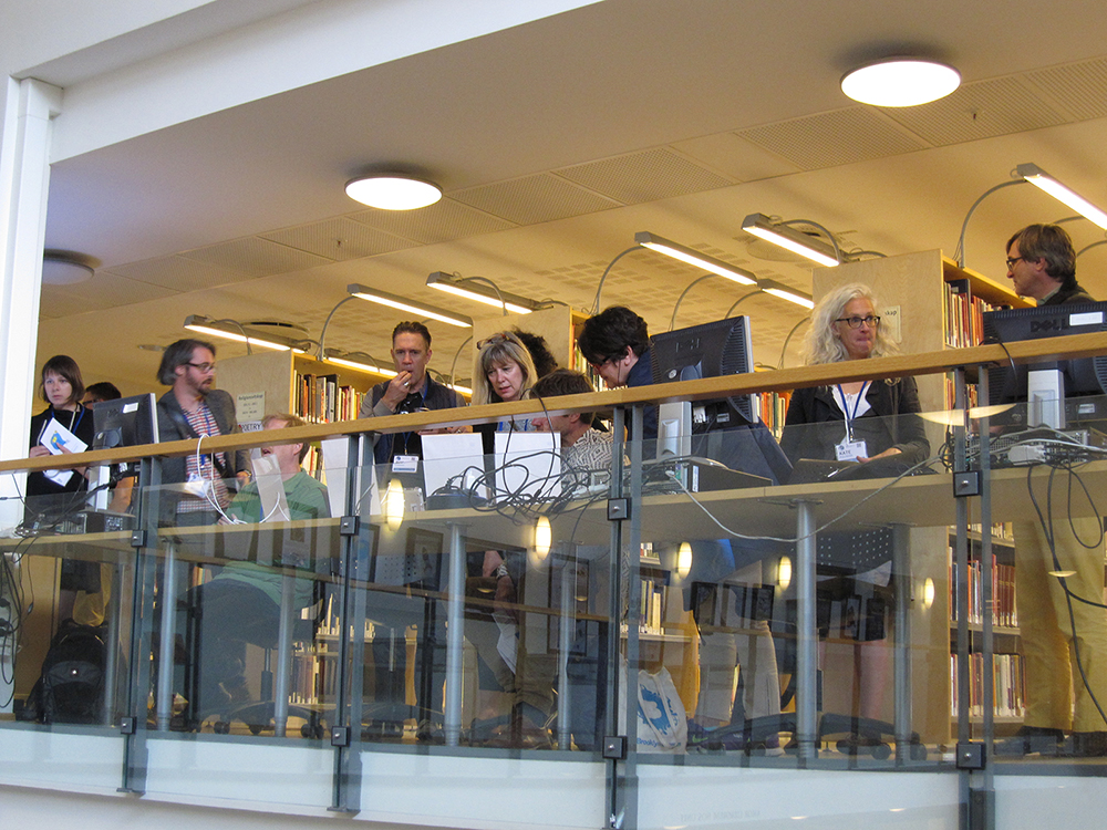 Attendees at Bergen Uni library using elit projects